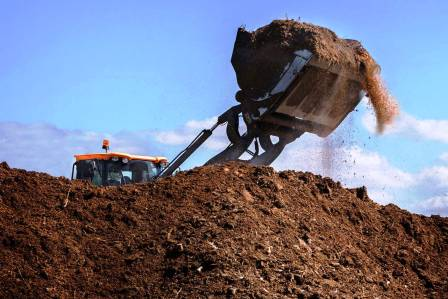 COMMERCIAL COMPOSTING