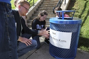 180504-Sustainability-recycle-bins-0607-600×400